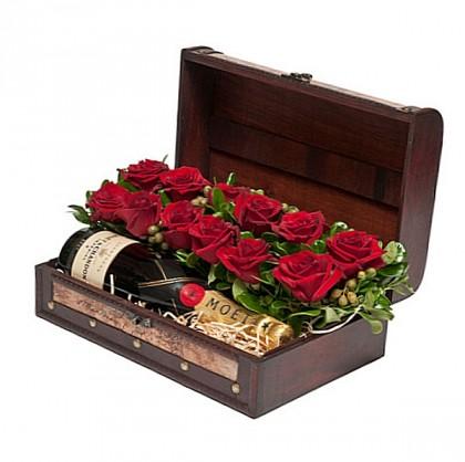 αποστολη καλαθιων με ποτα λουλουδια