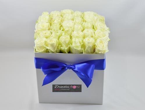 λουλουδια σε κουτι