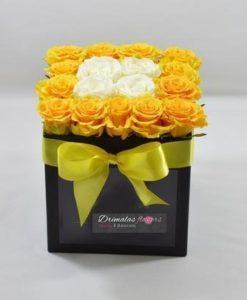 τριανταφυλλα σε κουτια