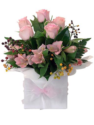 λουλούδια σέ κουτί
