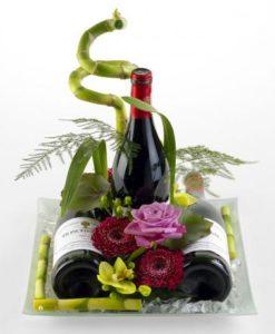 Αποστολή λουλουδιών στην Ελλάδα και στο εξωτερικό. Αποστολή Λουλουδιών & Δώρων,Αυθημερόν,λουλούδια, μπουκέτα, φυτά και δώρα για κάθε περίσταση.