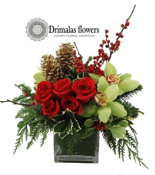 Χριστουγεννιάτικα Λουλούδια ,Πρωτοχρονιάτικη σύνθεση λουλουδιών για γιορτινό τραπέζι